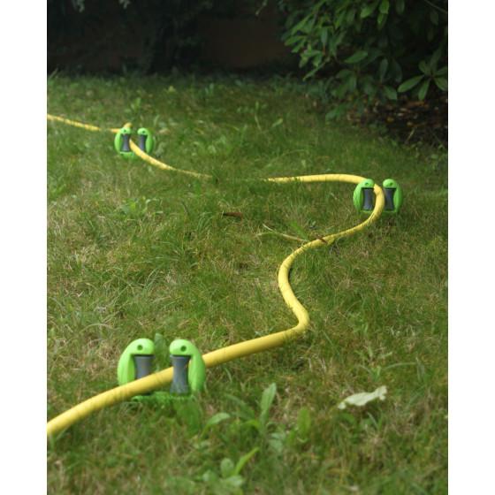 Guide tuyau d'arrosage à planter (les 3)