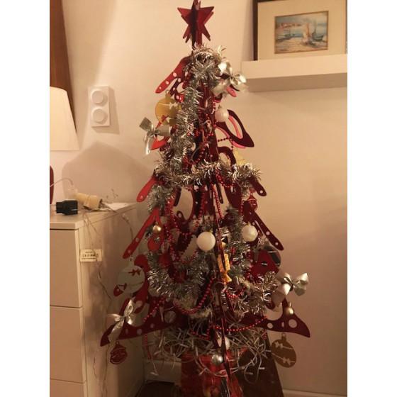 Sapin de Noel en métal 1 m 6 branches rouge vernis